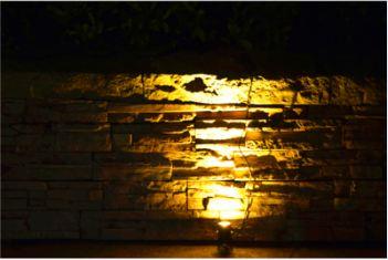 Solar Flood Light-1 Watt-Aluminum Alloy Material-8 to 9 Working Time (2)