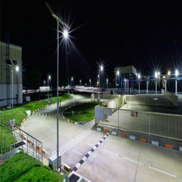 Solar Garden Light with Monitoring